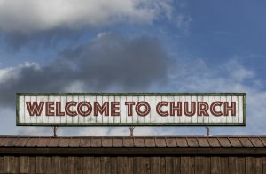 How to Make Newcomers Feel Welcome in Any Size Church