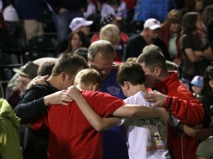 Image Credit: Prayer Warriorr Network at http://prayerwarriornetwork.wordpress.com/