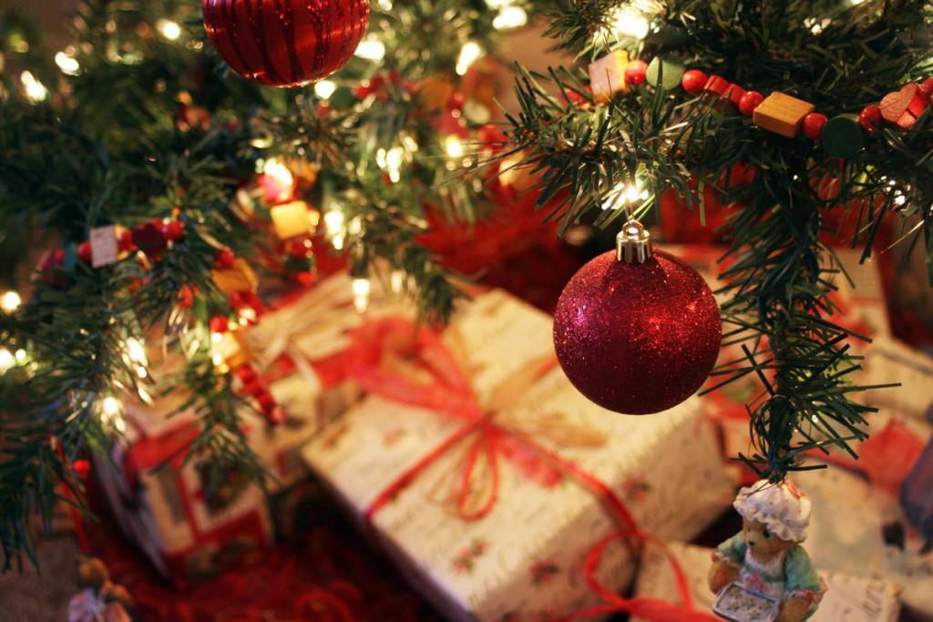 hearts-christmas-visitors